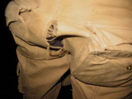 Дырка в штанах Бори